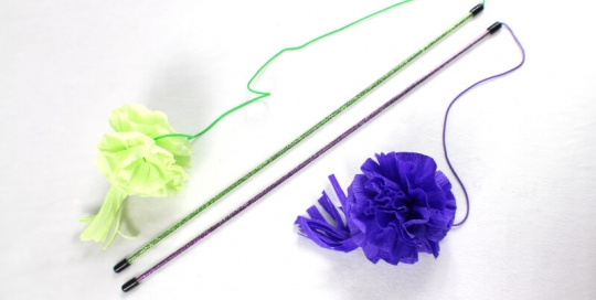 Crepe Paper Flower Teaser Wand Cat Toy