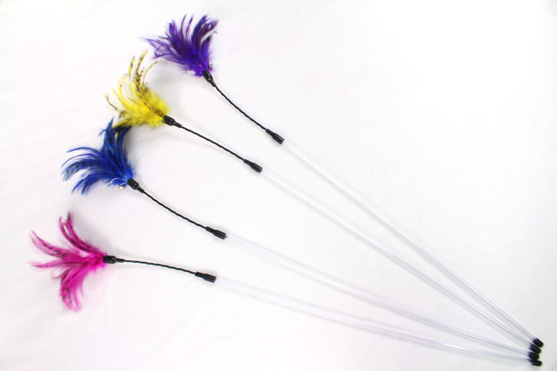 Bouncer Cable Wand with Colorful Feathers Cat Teaser Toy