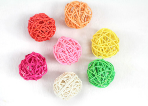 Colored Woven Rattan Ball for Cat